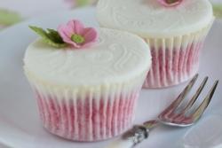 Pink Sponge Cupcakes